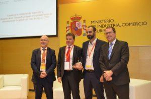 """La investigación para el """"Desarrollo de un Gemelo Digital"""" gana el Premio al """"Mejor Proyecto de Colaboración Intercluster"""""""